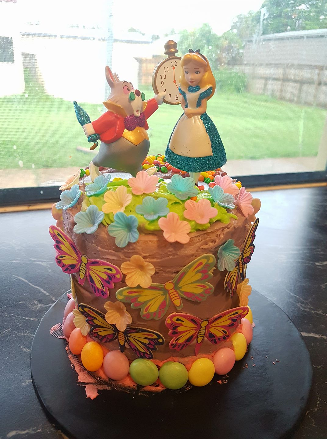 Ahrix's Alice in Wonderland Cake