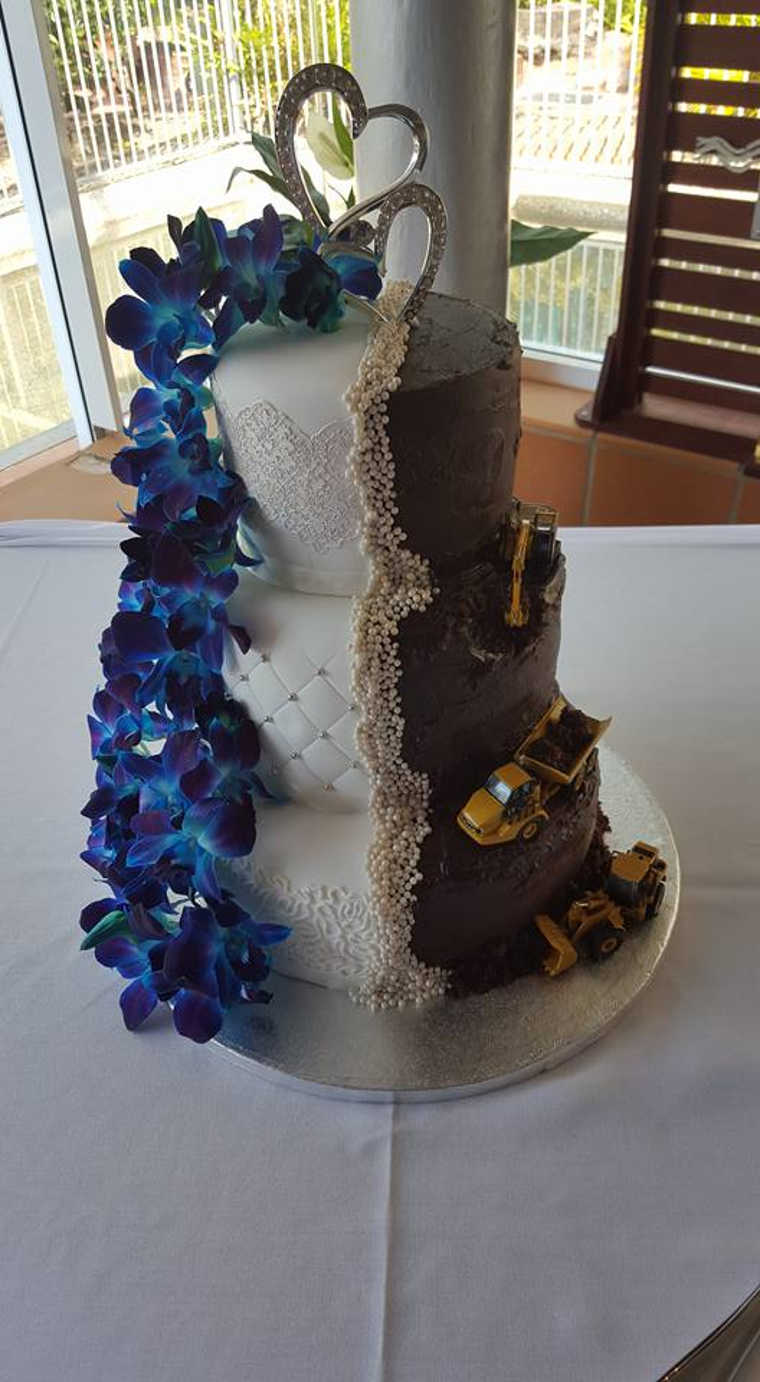 Kerryann's Two Tier Wedding Cake